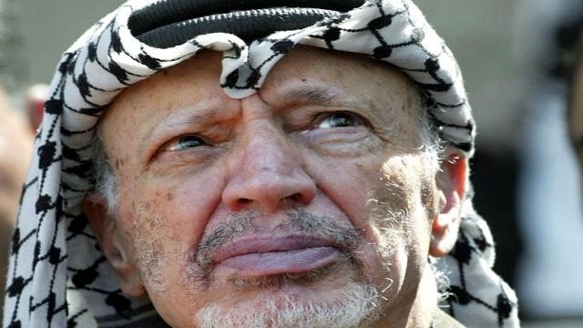 أويبا للصحفيين: لا أرى ضرورة في إعادة فحص رفات عرفات