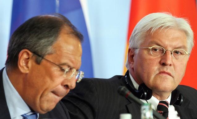 وزيرا الخارجية الروسي والألماني يعربان عن قلقهما حيال الأوضاع في أوكرانيا
