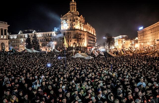 موفدنا إلى أوكرانيا: متظاهرو الميدان في كييف يرشحون أرسيني ياتسينيوك لرئاسة الحكومة ويعلنون أسماء الوزراء