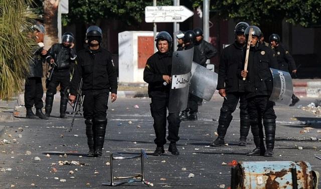 مواجهات بين الأمن التونسي ومحتجين بضاحية الكرم