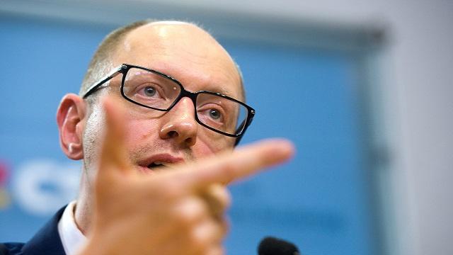 المرشح لرئاسة الحكومة الأوكرانية يناشد دول