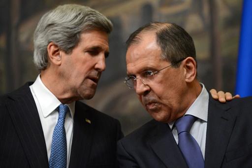 لافروف في اتصال هاتفي مع كيري يؤكد ضرورة تنفيذ اتفاقية 21 فبراير بين الرئيس يانوكوفيتش والمعارضة الأوكرانية