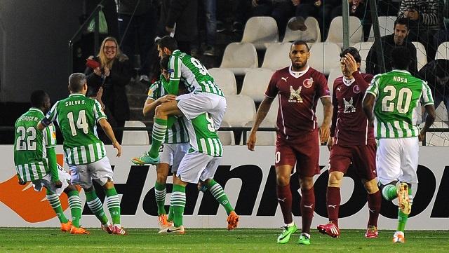 ريال بيتيس الإسباني يقصي روبين الروسي من الدوري الأوروبي