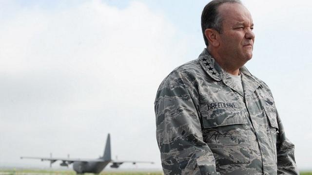 قائد عكسري أمريكي: المحادثات بين روسيا والناتو بشأن الكيميائي السوري تتقدم