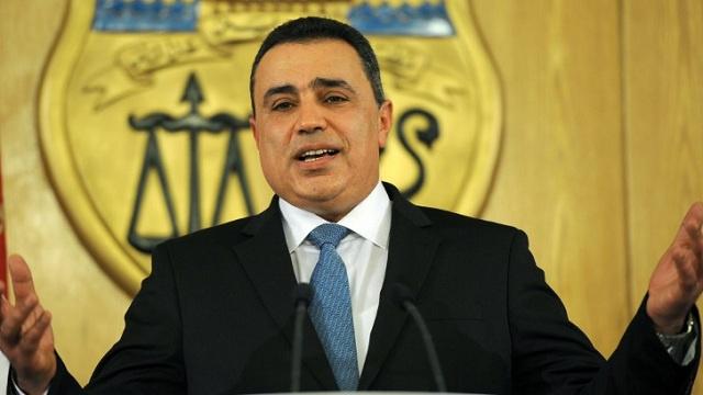 جمعة يعفي 18 محافظا تونسيا
