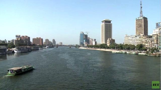 مصر تتنفس الصعداء بعد ضخ المستثمرين الأجانب ملياري دولار في شرايين الاقتصاد المنهك