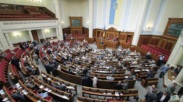السلطات الأوكرانية تعود عن قرارها بشأن قانون اللغات