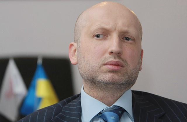 الرئيس الأوكراني المعين: تعيين سيرغي أكسيونوف رئيسا لحكومة القرم غير قانوني