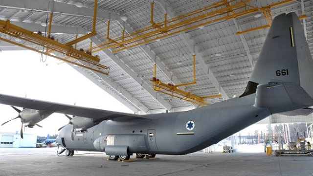 القوة الجوية الإسرائيلية تحدث طائراتها المخصصة للنقل