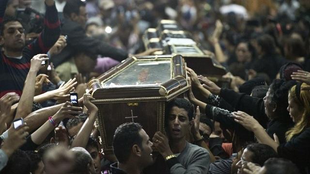 مقتل شاب مصري مسيحي على يد مسلحين في بنغازي