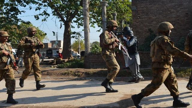 باكستان توقف طلعاتها الجوية ردا على مبادرة طالبان