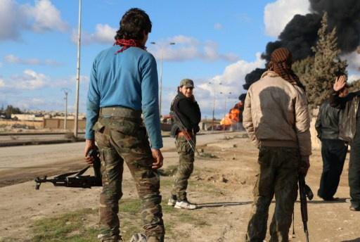 اشتباكات عنيفة وقصف في أرياف دمشق وحلب وحماه