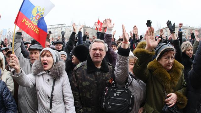 آلاف الأوكرانيين يحتجون على تعيين كبار رجال الأعمال حكاما للمقاطعات