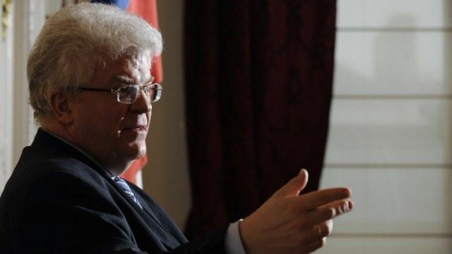 تشيجوف: العقوبات الأوروبية ضد روسيا تبدو أكثر تواضعا من صيغتها السياسية