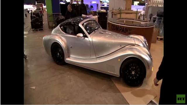 الاستعدادات الأخيرة لافتتاح معرض جنيف الدولي للسيارات(فيديو)