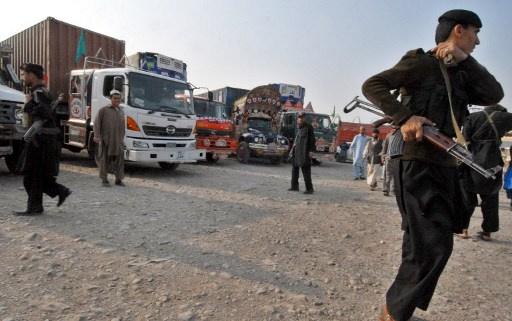 مقتل عسكريين اثنين للناتو بهجوم على شاحنات أمريكية في باكستان