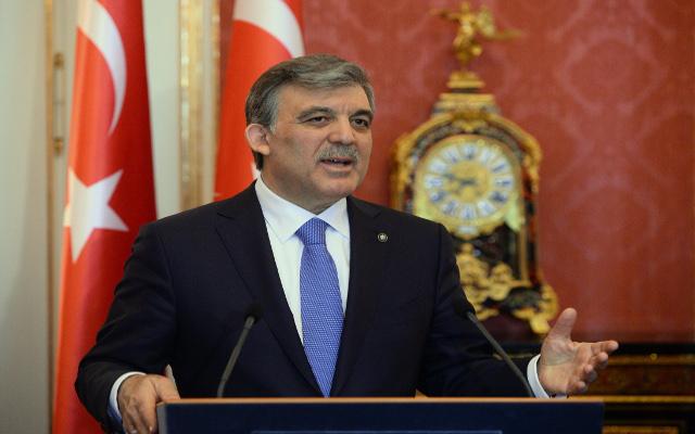 الرئيس التركي يأمر بالتحقيق في قضايا الفساد والتنصت