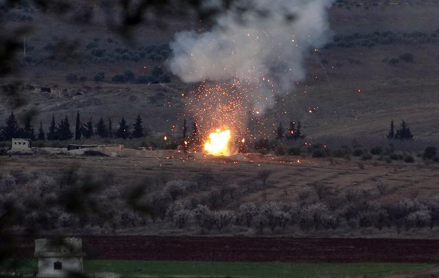 مراسلنا: انفجار سيارة مفخخة جنوب غرب ريف دمشق وأنباء عن سقوط قتلى وجرحى