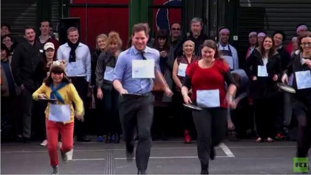بالفيديو.. سباق يوم الفطائر في لندن