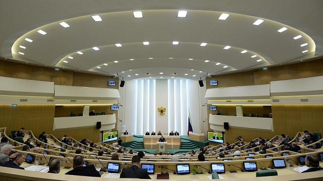 مجلس الاتحاد الروسي يدعو النواب الأوكرانيين والأجانب الى توحيد الجهود لتسوية الأزمة الأوكرانية