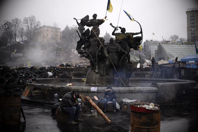 وصول 300 مرتزق أجنبي الى كييف