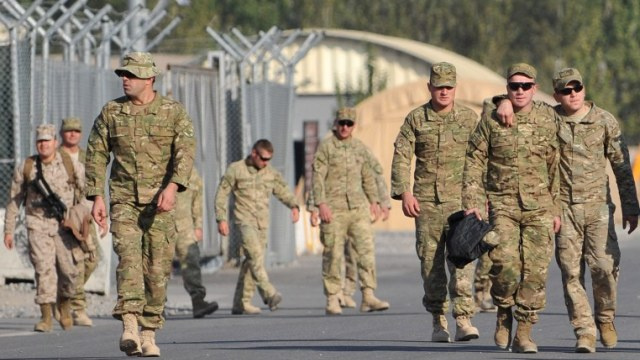 القاعدة الجوية الأمريكية في قيرغيزستان تستعد للإغلاق