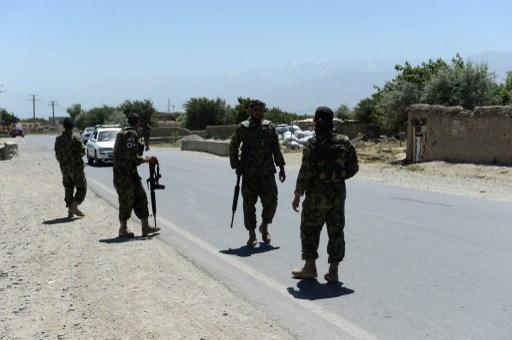 مقتل 5 جنود أفغان وإصابة 17 في غارة جوية لقوات الناتو