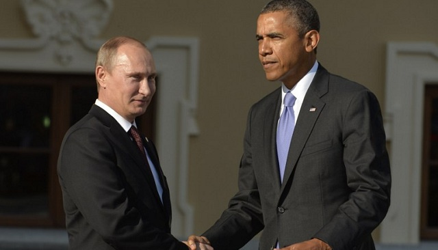 في اتصال مع أوباما بوتين يدعو إلى عدم التضحية بعلاقات البلدين بسبب الخلافات