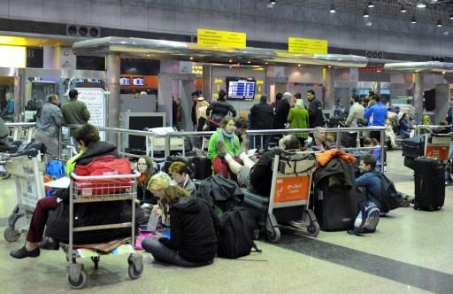مغادرة ناشطات أجنبيات القاهرة بعد رفض مصر دخولهن للتوجه الى غزة عبر رفح