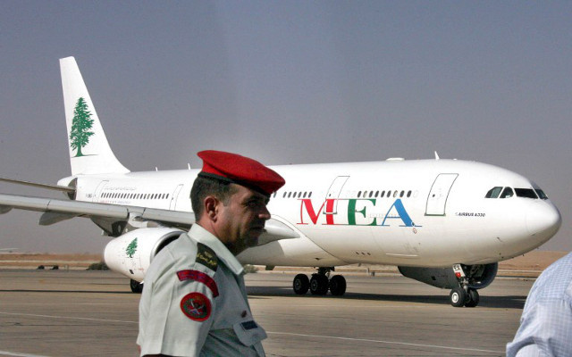 اعتقال معاون مدير مطار بغداد على خلفية اعادة رحلة قادمة من بيروت
