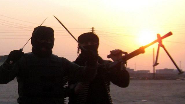 8 قتلى بينهم مسؤول محلي في قصف مدفعي وهجوم مسلح بالعراق