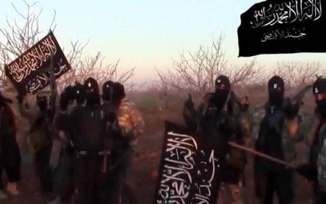 السجن لثلاثة فرنسيين كانوا يستعدون للتوجه الى سورية للقتال