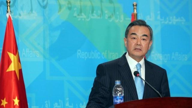بكين مستعدة للمساهمة في حلّ الأزمة الأوكرانية سياسيا
