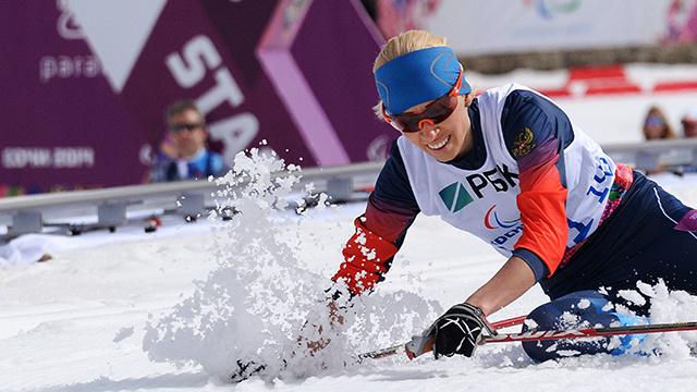 الروسية ليسوفا تحرز ذهبية ثانية لروسيا في سباق البياتلون في سوتشي