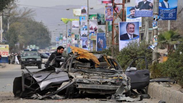 مقتل مسؤول محلي بولاية ننكرهار الأفغانية في انفجار قنبلة