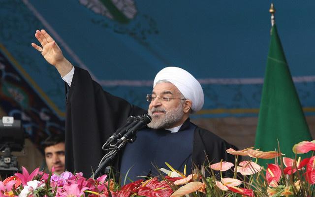 الرئيس الإيراني يدافع عن حرية الصحافة