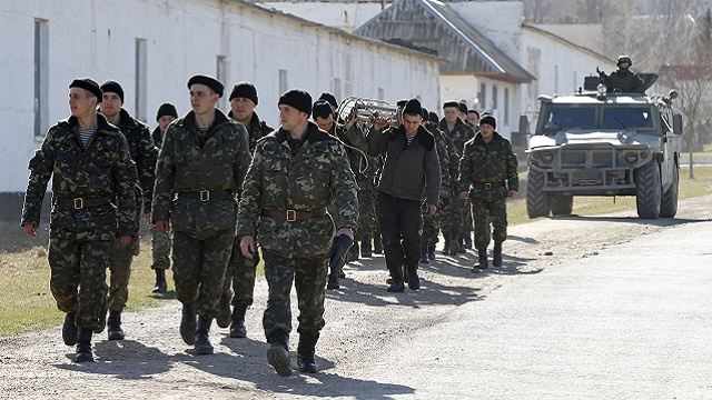 وزير الدفاع الاوكراني: لن نخضع للاستفزازات