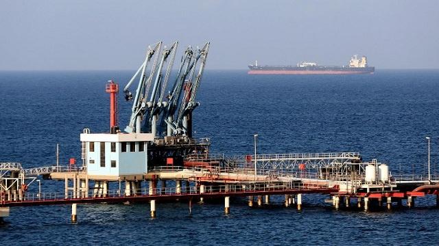 المؤتمر الوطني الليبي يصدر قرارا بتشكيل قوة عسكرية لتحرير الموانئ النفطية