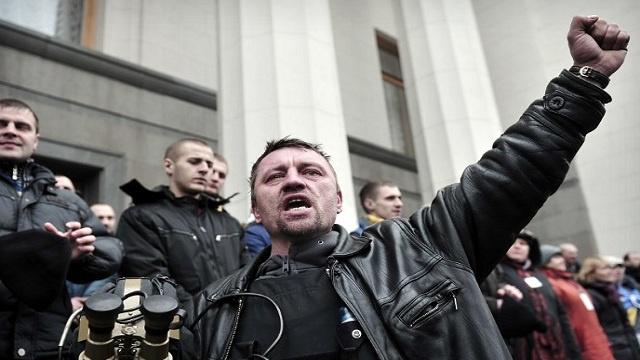 روسيا تحذر أمريكا من عواقب تمويل السلطات في كييف