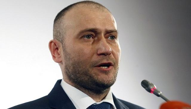 محكمة بموسكو تصدر حكما غيابيا باعتقال زعيم حركة القطاع الأيمن المتطرفة الأوكرانية ياروش