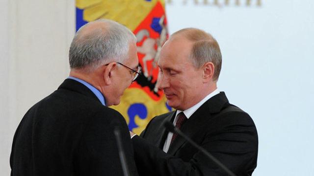 فنانون روس يوجهون رسالة مؤيدة لموقف الرئيس الروسي من القرم وأوكرانيا