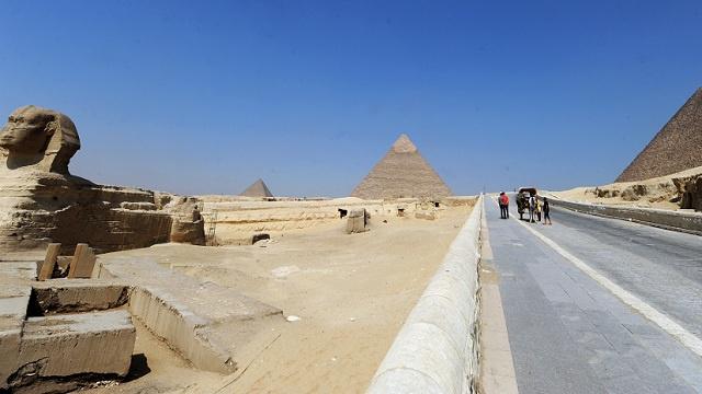 نجاة 37 سائحا روسيا من حادث تصادم جنوب مصر