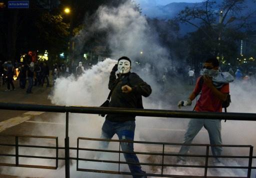 مقتل 3 أشخاص في مواجهات بين طلاب والشرطة الفنزويلية