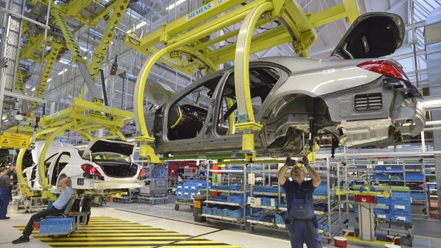 تراجع مفاجئ في حجم الإنتاج الصناعي لمنطقة اليورو