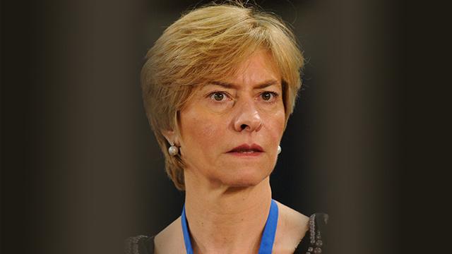 وزيرة الدفاع الايطالية تشدد على أهمية تعزيز قدرات ليبيا الدفاعية والأمنية
