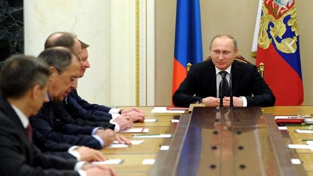 بوتين: الأزمة في أوكرانيا تحمل طابعاً داخلياً ولا علاقة لروسيا بها