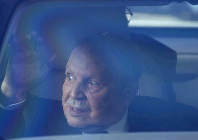 المجلس الدستوري الجزائري يعلن أسماء ستة مرشحين في انتخابات الرئاسة بينهم بوتفليقة