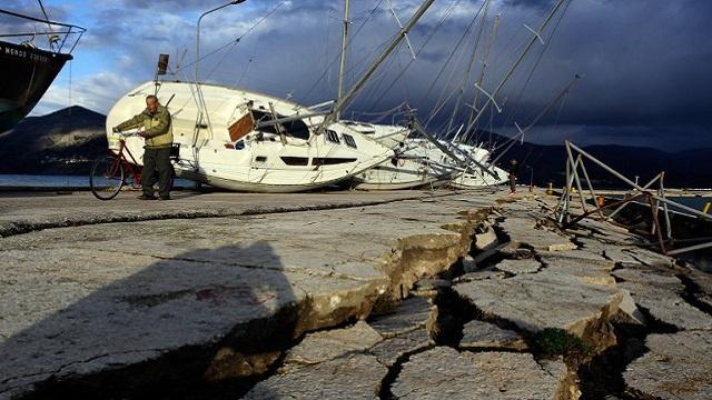 زلزال بقوة 6.2 درجات على مقياس ريختر يضرب جنوب غرب اليابان وإصابة 14 شخصا على الأقل