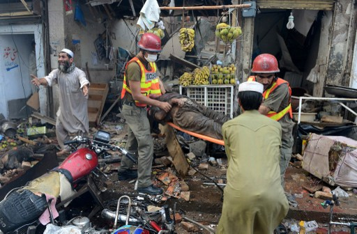 7 قتلى في انفجار قرب بيشاور الباكستانية