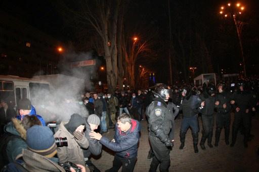موسكو: نحتفظ بحق الدفاع عن أبناء قوميتنا في أوكرانيا لأن سلطات كييف لا تسيطر على الأرض